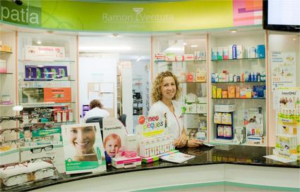 ¿Estás pensando en abrir una farmacia?
