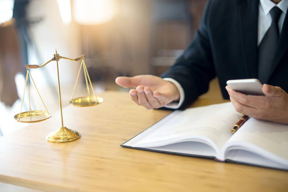 Asesores: un elemento de vital importancia para empresas y particulares